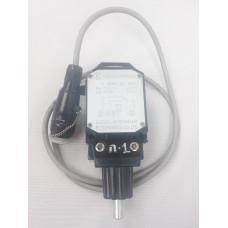 Концевой выключатель xcmg QY25K5 803601667 803600733 10240038