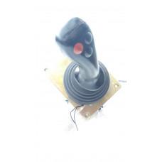 Джойстик управления гидросистемой DXS-00 4120002027