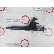 Форсунка топливная  Евро-3 DENSO Sinotruk D12 HOWO A7  095000-8011, VG1246080051