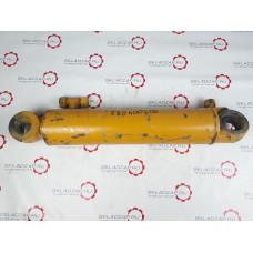 Гидроцилиндр поворота XCMG LW500F 803004098/XGYG01-042 L тела - 470 мм, d отв - 40 мм