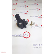 Насос ручной подкачки топлива ТННД  330-1111030-179 на Yuchai YC6108G, YC6B125